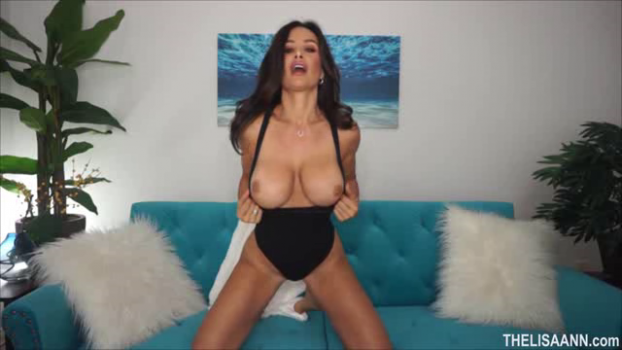 thelisaann-18-09-07-feeling-extra-horny.png
