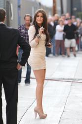 khloe-kardashian-in-a-tight-short-dress-heading-to-the-quotjimmy-kimmel-livequot.jpg
