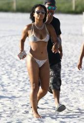 christina-milian-bikini-candids-in-miami-10415-12.jpg