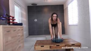 [Wet And Pissy] JESSICA BELL IN POWERFUL PISS STREAMS 4K UltraHD (2160p)