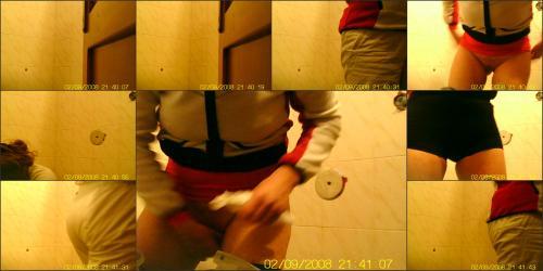 Hidden_camera_in_toilet3_683