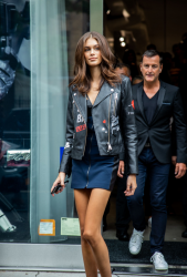 kaia-gerber-karl-lagerfeld-x-kaia-launch-in-nyc-91218-3.png