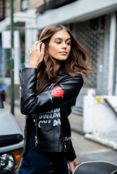 kaia-gerber-karl-lagerfeld-x-kaia-launch-in-nyc-91218-7.png