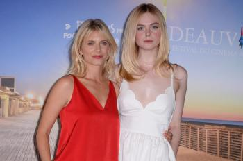 Elle Fanning - *Galveston* Photocall at Deauville American Film Festival 9/1
