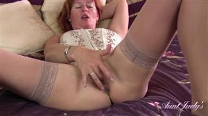 auntjudys-18-09-13-liddys-morning-masturbation-routine.jpg