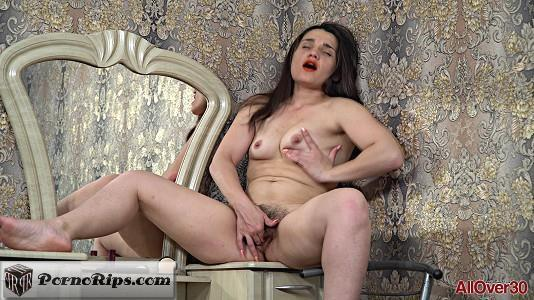 allover30-18-09-14-kivi-mature-pleasure.jpg