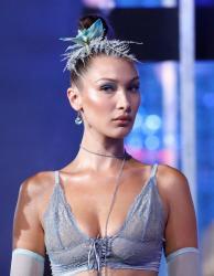 bella-hadid-savage-x-fenty-lingerie-fashion-show-in-nyc-91218-7.jpg