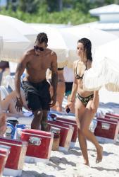 shanina-shaik-on-the-beach-in-miami-fl-6162015-6.jpg