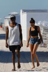 shanina-shaik-on-the-beach-in-miami-fl-6162015-13.jpg