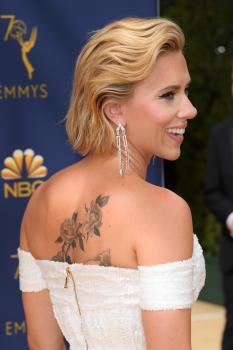 Scarlett-Johansson-at-the-70th-Primetime-Emmy-Awards-in-Los-Angeles-9%2F17%2F18-c6r3pbhqtl.jpg