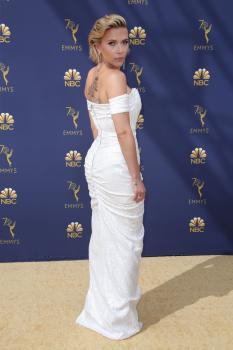 Scarlett-Johansson-at-the-70th-Primetime-Emmy-Awards-in-Los-Angeles-9%2F17%2F18-e6r3pb3hsv.jpg