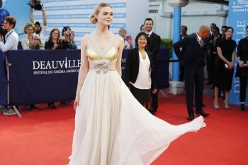 Elle Fanning - *Galveston* Premiere during Deauville American Film Festival 9/1 u6rf3k1rpw.jpg