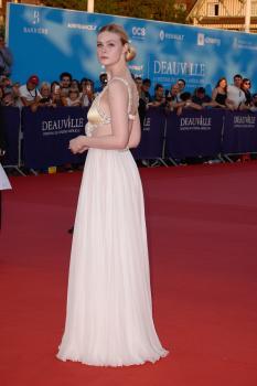 Elle Fanning - *Galveston* Premiere during Deauville American Film Festival 9/1 w6rf3km0pq.jpg