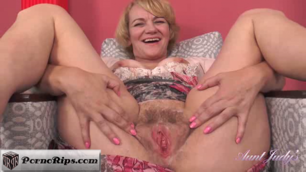 auntjudys-18-09-14-aliona-handjob-pov-and-pussy-spreading.png