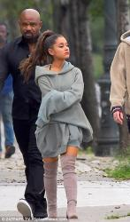Ariana Grande - Out in NYC - 09-17-2018