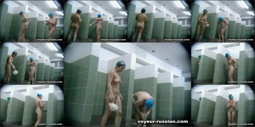 voyeur-russian_SHOWERROOM 070423