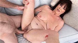pornmegaload-18-09-20-christina-starr-christinas-first-fuck-video.jpg