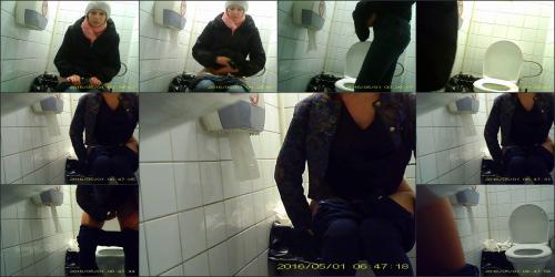 Peeing in urnal' Search - XVIDEOS. COM