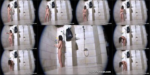 voyeur-russian_SHOWERROOM 110327