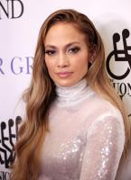 jennifer-lopez-33rd-annual-great-sports-legends-dinner-in-nyc-92418-5.jpg
