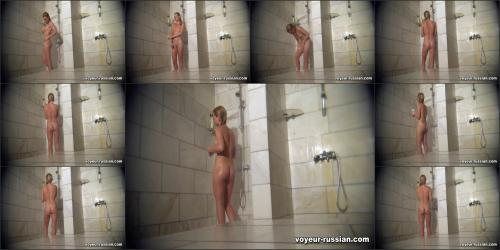 voyeur-russian_SHOWERROOM 111230