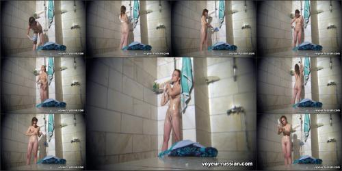 voyeur-russian_SHOWERROOM 120107