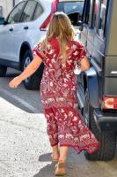 hilary-duff-out-in-studio-city-92518-4.jpg