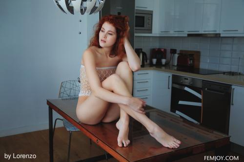 Heidi-Romanova-Taste-The-Sweet--l6vs8r2bht.jpg