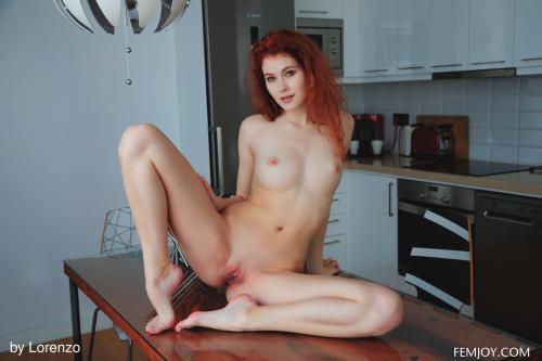 Heidi-Romanova-Taste-The-Sweet--j6vs8rpahw.jpg
